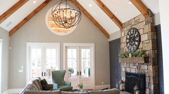 Beautiful lakefront farmhouse in Tennessee