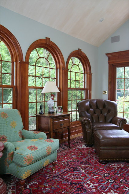 traditional family room by Kim Metheny