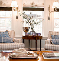 traditional family room by LKM Design