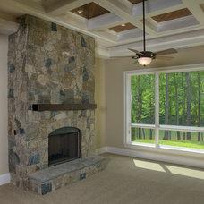 Traditional Family Room by Grainda Builders, Inc.