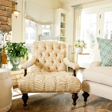 Eclectic Family Room by BELLA INTERIORS - Jill Kalman