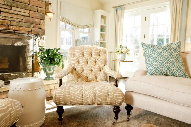 Eclectic Family Room by BELLA INTERIORS - Jill Kalman