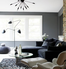 modern family room by Heather Garrett Design