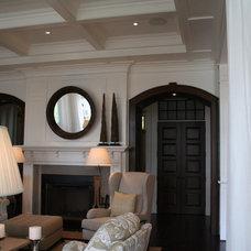 Traditional Family Room by Muskoka Custom Carpentry ltd.