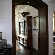 Contemporary Family Room by Muskoka Custom Carpentry ltd.