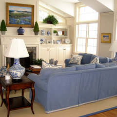 traditional family room by William Conrad & Company Interiors