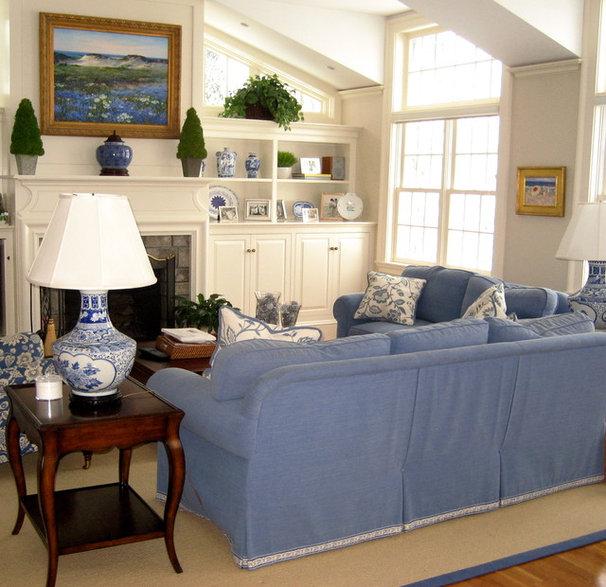 Traditional Family Room by William Conrad & Company Interiors