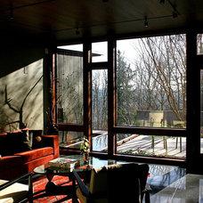 Modern Family Room by Eggleston Farkas Architects