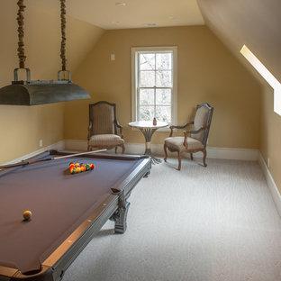 Bonus Pool Room
