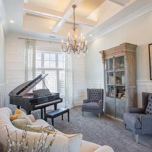 Imagen de sala de estar con rincón musical abierta, marinera, sin televisor, con moqueta