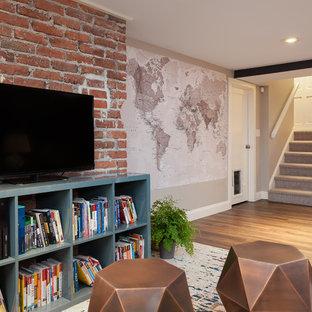 シアトルのエクレクティックスタイルのおしゃれなファミリールーム (青い壁、クッションフロア、暖炉なし) の写真