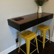 Craftsman Family Room Built in corner desk