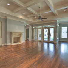 Traditional Family Room by Metropolitan Custom Homes