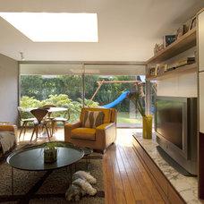 Contemporary Family Room by vgzarquitectura y diseño sc