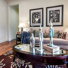 Eclectic Family Room by mark pinkerton  - vi360 photography