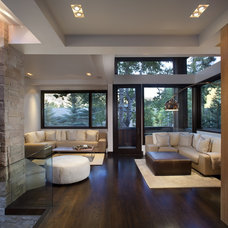 Contemporary Family Room by ROWLAND BROUGHTON ARCHITECTURE & URBAN DESIGN
