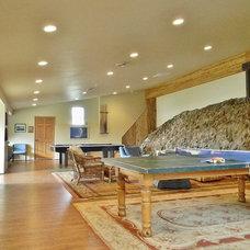 Rustic Family Room by Kimberley Bryan