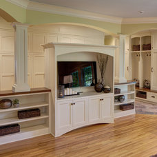 Traditional Family Room by Anchor Builders