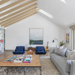 Celebrity Home - Max Greenfield Residence