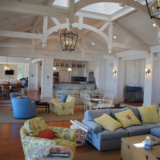 Traditional Living Room by Matthew Korn Architecture AIA