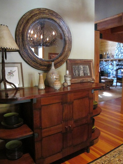 Rustic Family Room by Charmean Neithart Interiors, LLC.