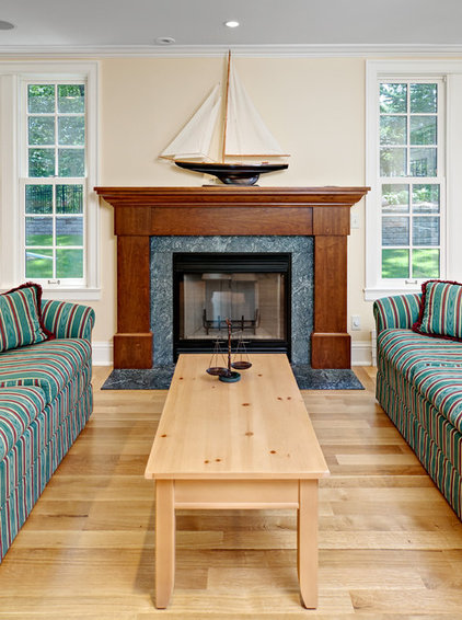 Traditional Family Room by Steven Cabinets