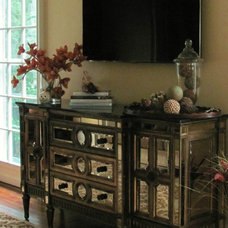 Traditional Family Room by Decorative Arts & Design