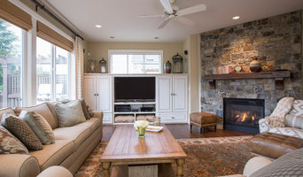 Comfortable Transitional Family Room