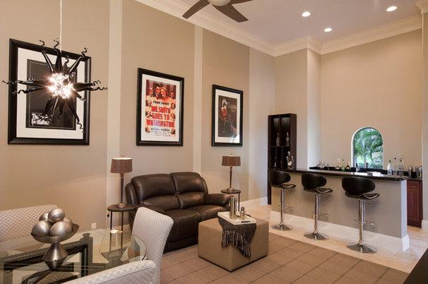 Modern Family Room by Dreamstar Custom Homes