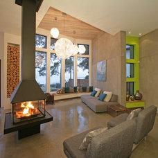 Contemporary Family Room by Wilson & Company Ltd