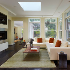 Contemporary Family Room by Barnes Vanze Architects, Inc