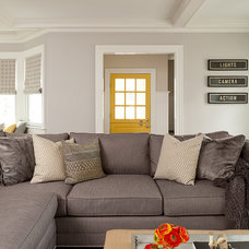 Traditional Family Room by Ruth Richards, Allied ASID