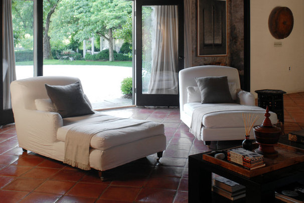 Traditional Family Room by interieurs by Francine Gardner