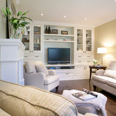 Traditional Family Room by Jacqueline Glass and Associates