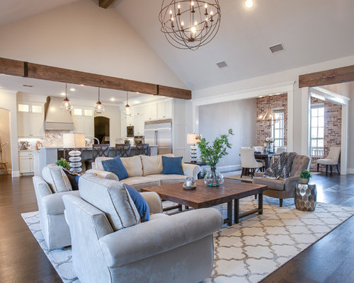 Best farmhouse family room with gray walls design ideas for Farmhouse family room