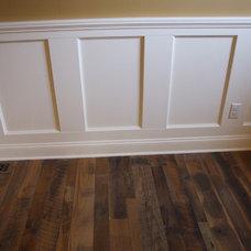 Craftsman Family Room by Gem Builders Carpentry, LLC.