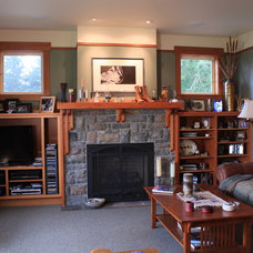 Craftsman Family Room by Sykora Home Design