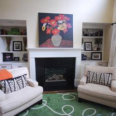 Modern Family Room by Stephanie Southwick