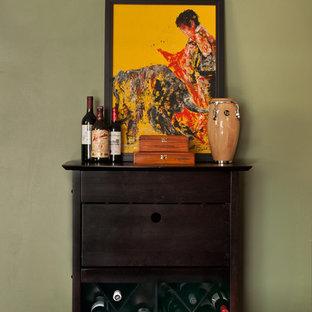 Cuban Bachelor Pad - Wine bar