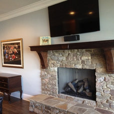 Traditional Family Room by Total Quality Home Builders, Inc.