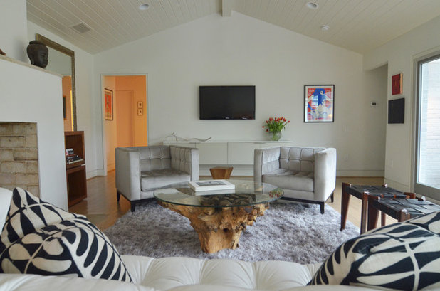 Contemporary Family Room by Sarah Greenman