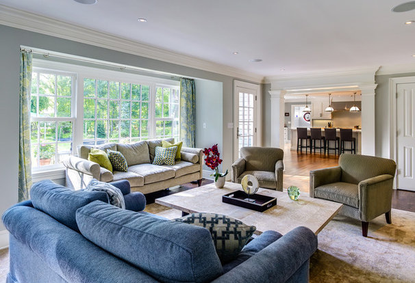 Traditional Family Room by Robert A. Cardello Architects