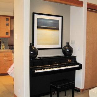 Decorating the Upright Piano niche