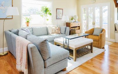 Custom Furniture Creates a Flexible Living Room Lounge