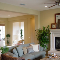 traditional family room by Kerrie L. Kelly