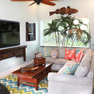 Family room - family room idea in Miami