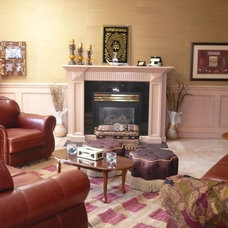 Family Room by Designing Home Inc.