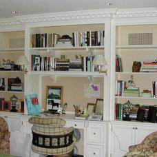 Family Room by Artisan Custom Interiors