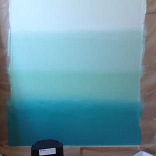 Foto di un soggiorno stile marinaro con pareti blu