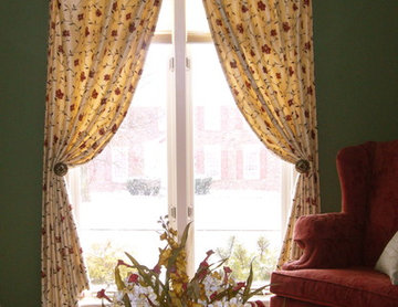 Dressing and arch window